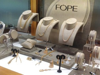 Fope window display