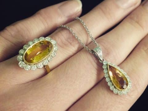 The November Birthstone: Topaz